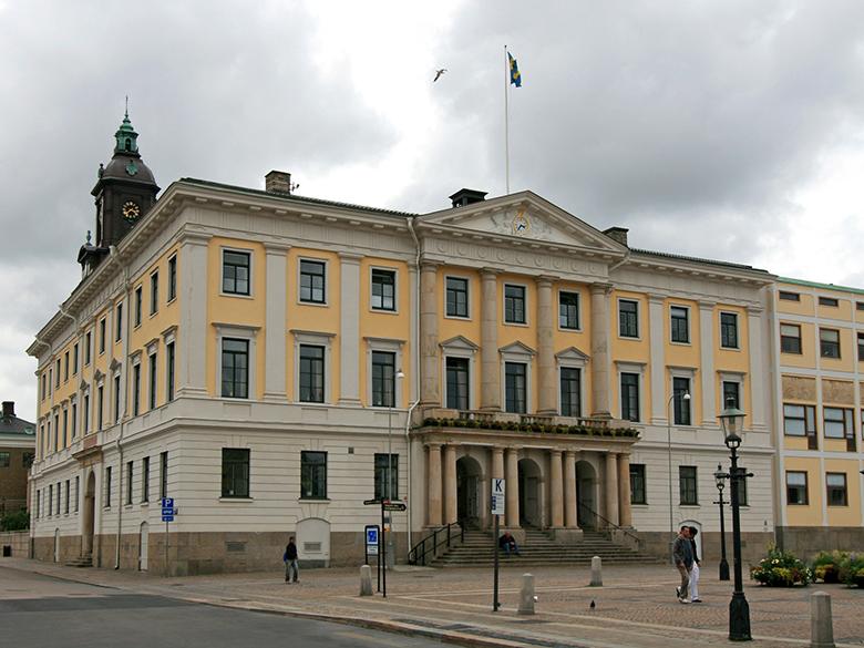 Exteriör från rådhuset vid Gustav Adolfs torg i Göteborg