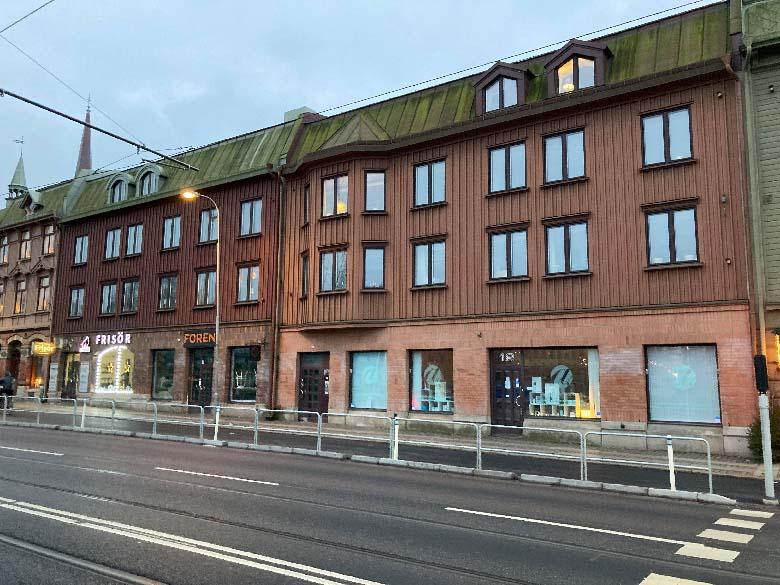 Nya hus i klassisk stil längs Södra Allégatan.